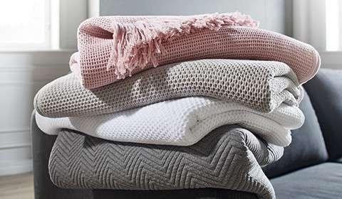 decken jetzt st bern m max. Black Bedroom Furniture Sets. Home Design Ideas