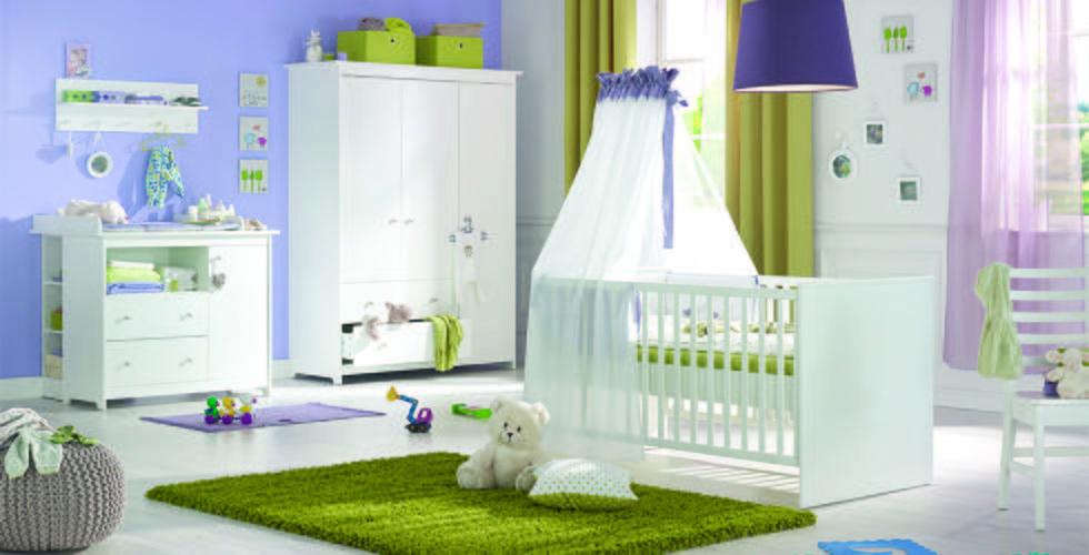 Babyzimmerset Mit Wickelkommode, Babyschrank Und Babybett In Weiß Von Mömax.