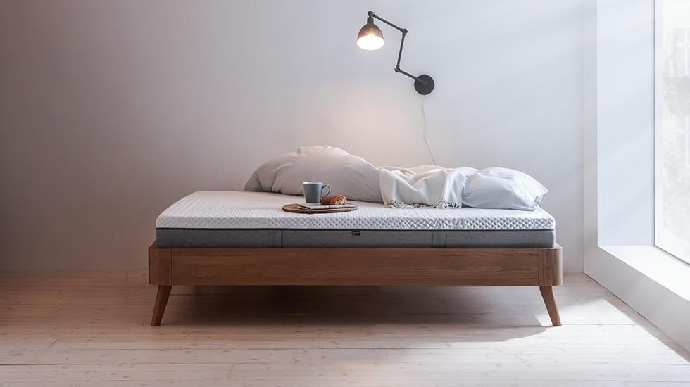 Body-Star-Matratze-Schlafzimmer-Wendematratze-Funktionsbezug-Grau-Weiß