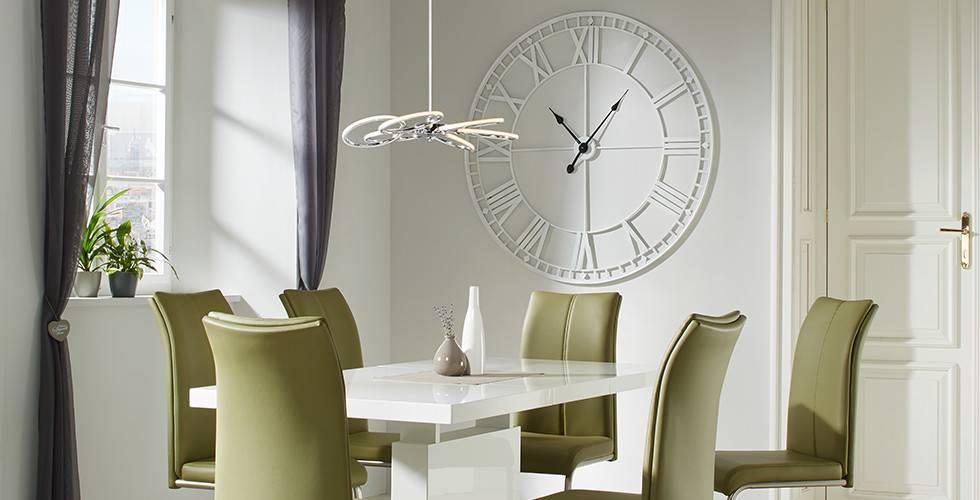 LED-Hängeleuchte in runden Design von mömax.