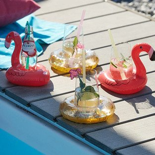 teaser_pool-party_bild2
