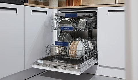 Integrierten Geschirrspüler mit weißer Front, offen stehend, günstig kaufen bei mömax.
