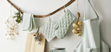aufgehängt Küchentextilien und Dekoobjekte