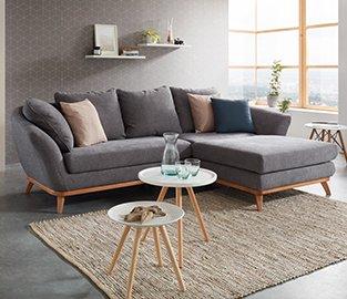 Moderna sedežna garnitura s prevleko sive barve
