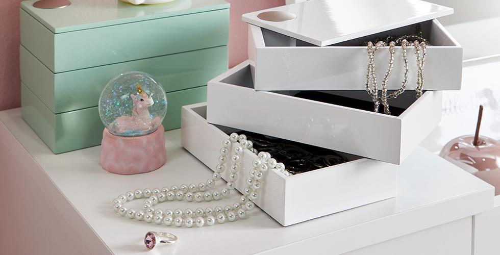 Schmuckbox in Weiß oder Mintgrün günstig kaufen bei mömax.