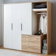Kleiderschrank mit drei Türen in weiß und holzfarbenen offenen Aufbewahrungselementen