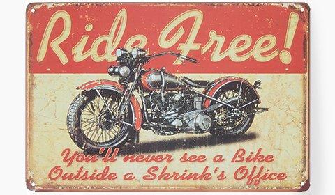 Stylische Blechschilder im Vintage-Look günstig kaufen bei mömax.