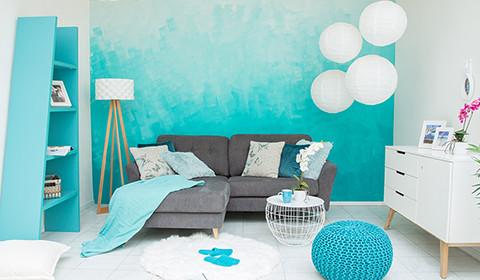 Wandgestaltung mit türkisem Ombré-Look