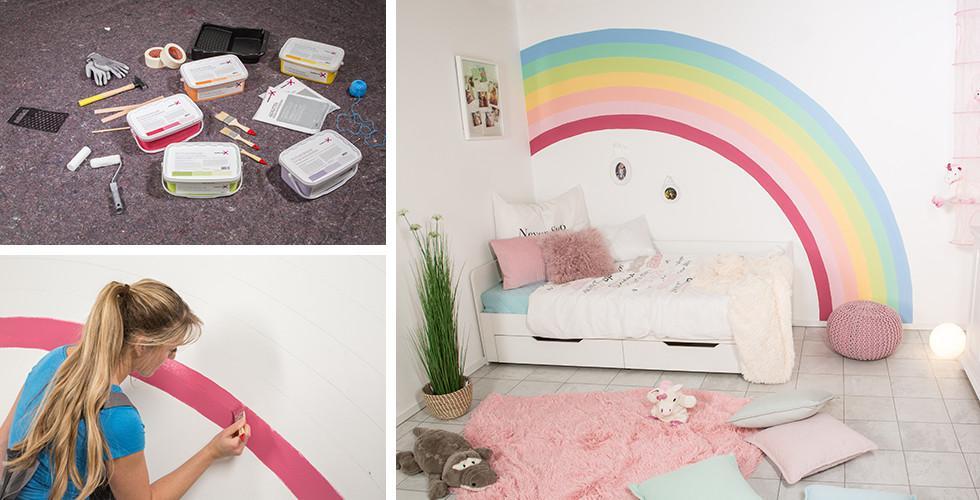 Kinderzimmer Mit Buntem Regenbogen An Der Wand.
