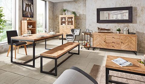 Esszimmerstühle In Schwarz Und Sitzbank In Akazienfarbe Von Mömax