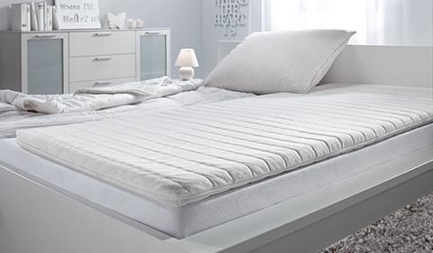 Bequemer Visco-Topper für höchsten Schlafkomfort von mömax.