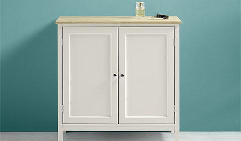 Bad-Unterschrank in Weiß und Fichtefarben aus Kautschukholz von mömax.
