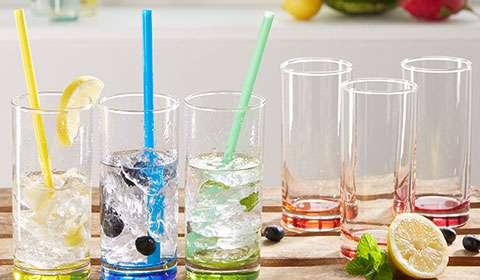 Wassergläser in verschiedenen Farben bei mömax kaufen.