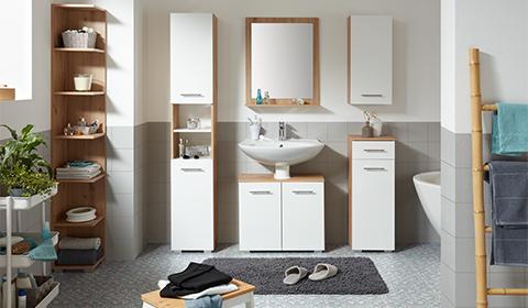 Badezimmer-Serie Santino in Weiß und Eichenfarbenaus mit passendem Badspiegel von mömax.