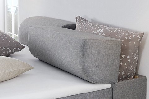 Schlafzimmer- Boxspringbett-Grau-Stoff-Stauraum-Kopfteil-Betten-Features-moemax2