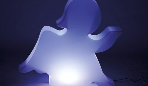 Romantische Motiv-Leuchte in Form von einem Engel.