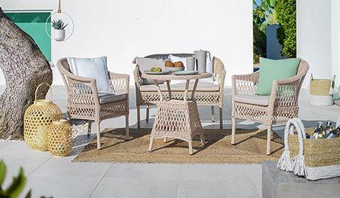 Gemütlicher Gartenstuhl aus robusten Kunststoffgeflecht von mömax