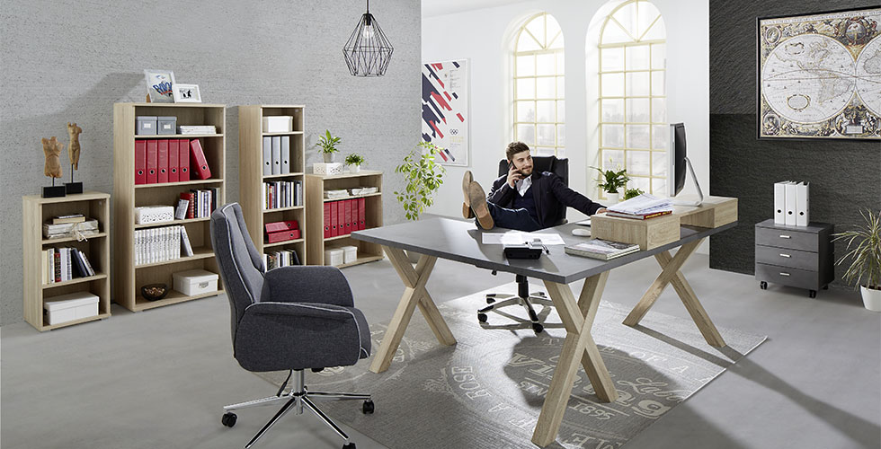 Das eigenen Arbeitszimmer einfach planen bei mömax.