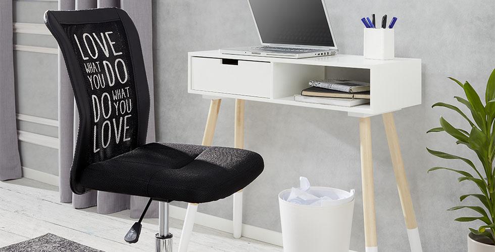 Arbeitszimmer für kleinen Raum günstig einrichten bei mömax.