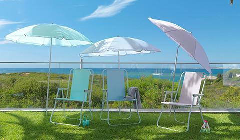 Sonnenschirm in verschiedenen Farben von mömax.