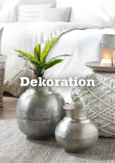 stylische mömax Dekoration mit Vase in Silber