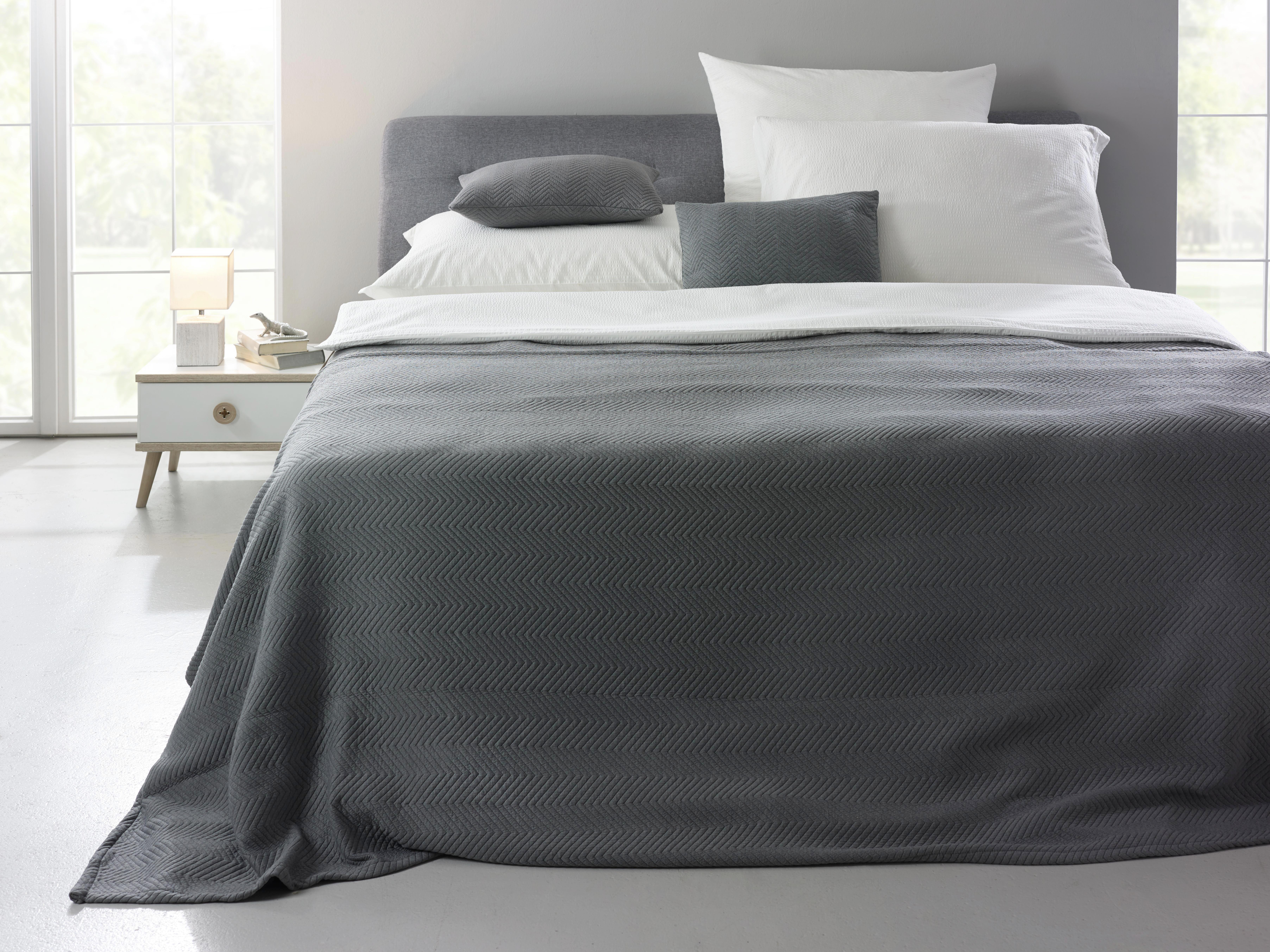 Tagesdecke Bilbao ca. 140x220 cm - Anthrazit, Textil (140/220cm) - MÖMAX modern living