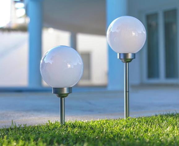 Solarleuchte Kaso in Weiß/silber - Weiß, Kunststoff (30/70cm) - Mömax modern living