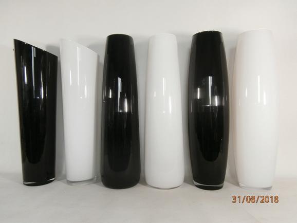Vase Jenny in verschiedenen Farben - Schwarz/Weiß, Glas (70cm) - Mömax modern living