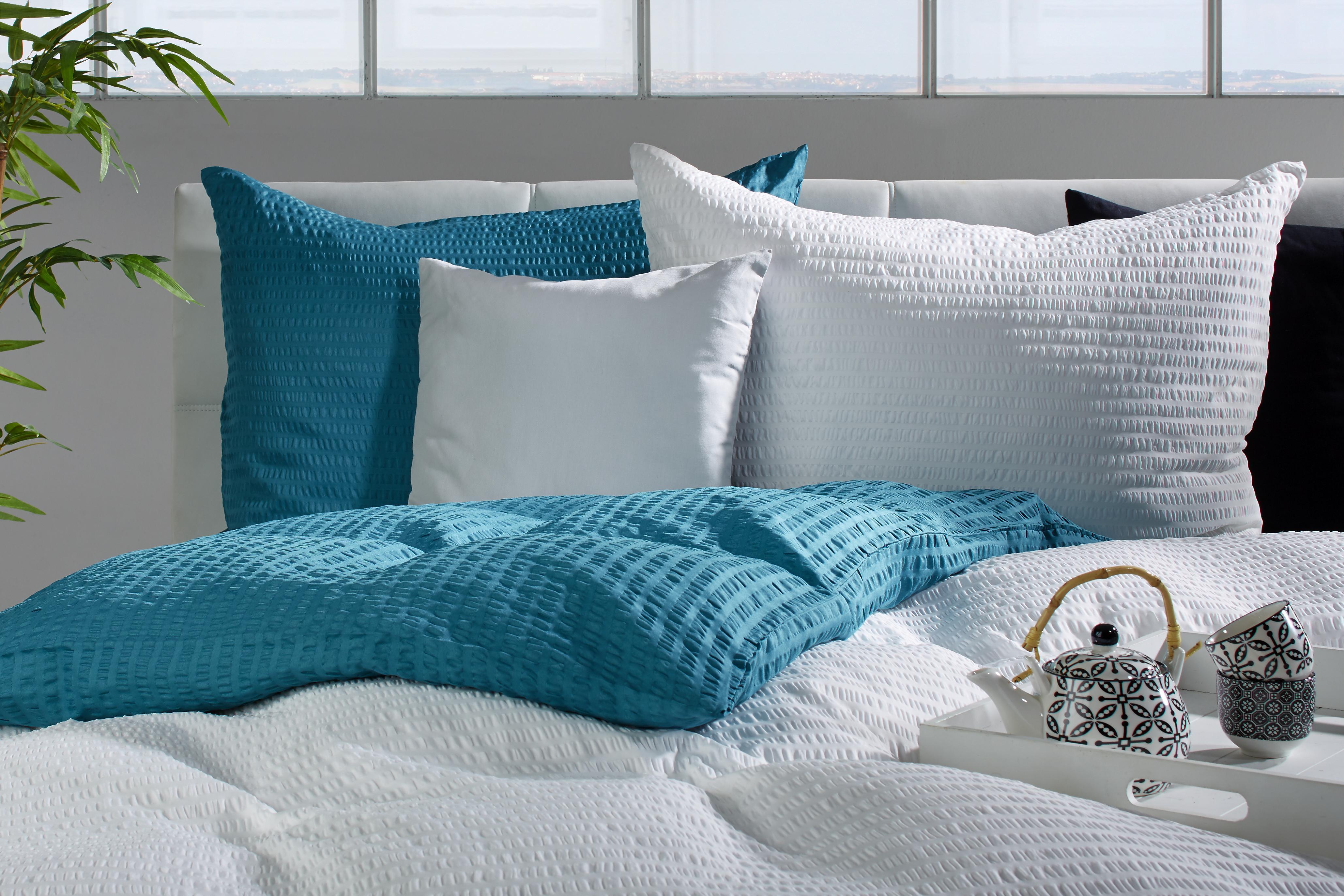 agynemuhuzat-brigitte-feher-konvencionalis-textil-moemax-modern-living.jpg 49da2aed71