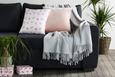Odeja Alice - svetlo siva, Romantika, tekstil (150 180 cm) - Zandiara